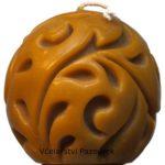 Svíčka ze včelího vosku Koule ornament vlys